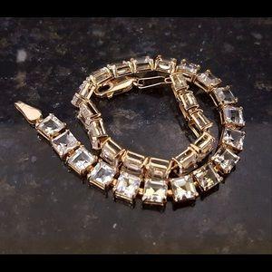 14K gold White Sapphire Tennis Bracelet 7.19 grams